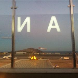 Aeropuerto_Mondaysatwork